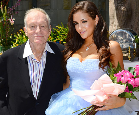 Hugh Hefner presents Playmate of the Year to Jaclyn Swedberg