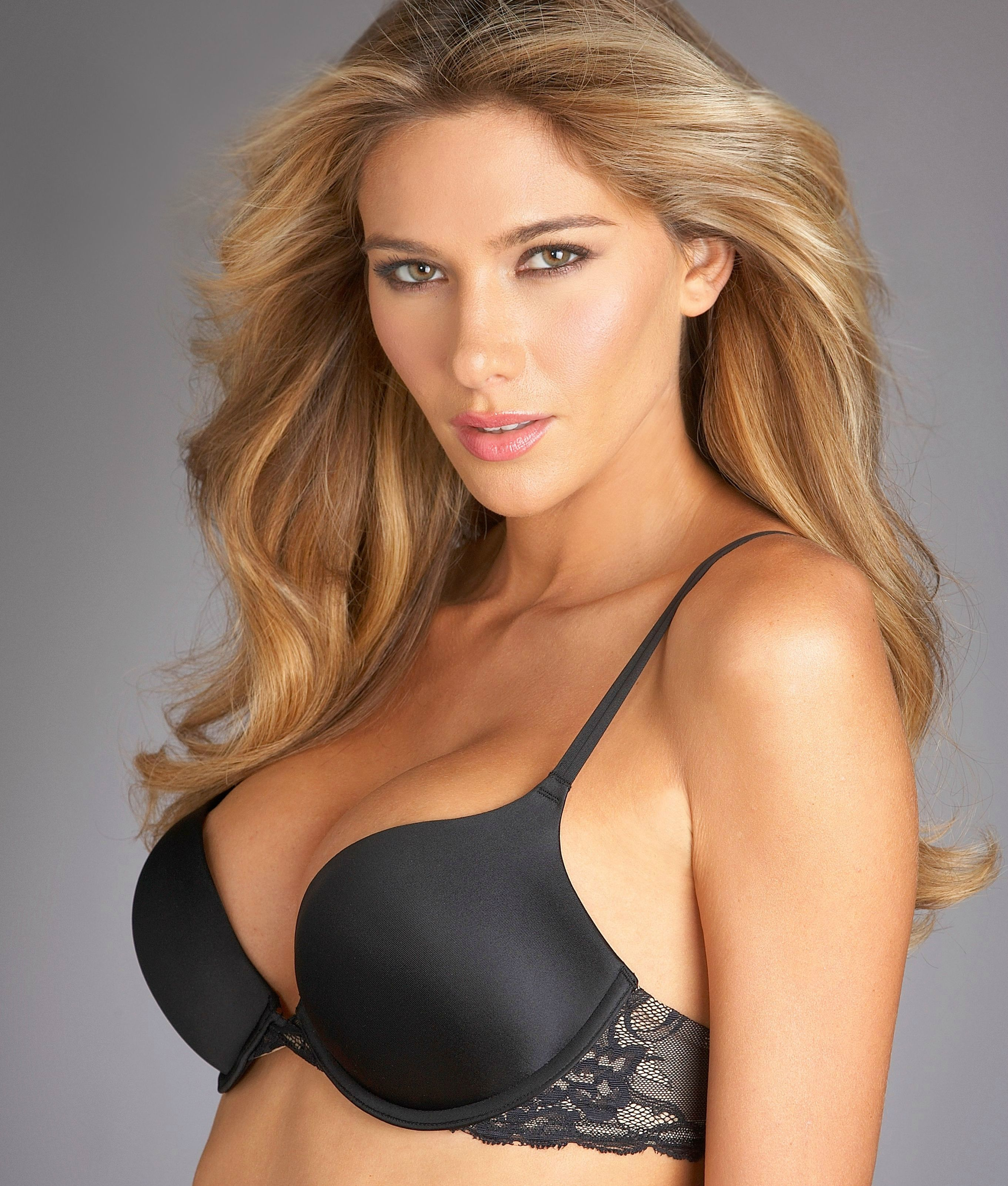 May (Maggi Caruthers) Miss August 2014 Playboy Playmate of the Month